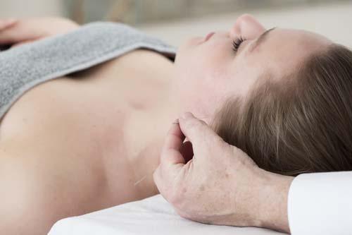 Oor-acupunctuur